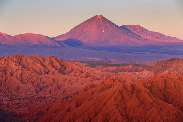 Sửng sốt vẻ đẹp kỳ ảo của 5 sa mạc không cát độc đáo nhất thế giới - 2