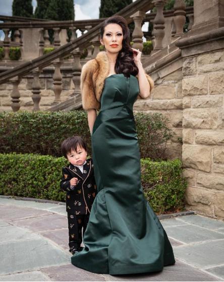 Choáng với độ chịu chi cho con của những bà mẹ siêu giàu châu Á - 2