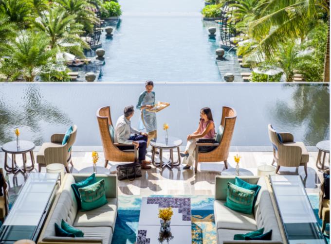 Thưởng thức ẩm thực tại InterContinental Phu Quoc Long Beach Resort